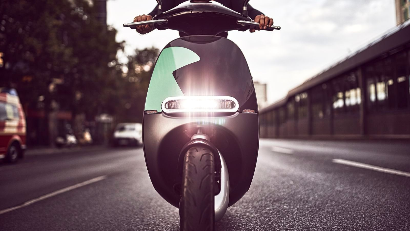 Gogoro e-scooter sharing is coming to Paris