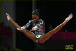 gabby douglas samuel mikulak compete in individual events 03