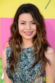 Miranda Cosgrove & Ariana Grande  Kids' Choice Awards 2013