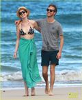 Anne Hathaway Dons Bikini Top for Hawaii Beach Walk! | Adam Shulman