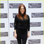 Julianne Moore Takes Chloe To London | Julianne Moore Chloe London 13