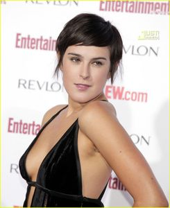 Rumer Willis @ EW Pre-Emmys Party | rumer willis ew pre emmy party 02