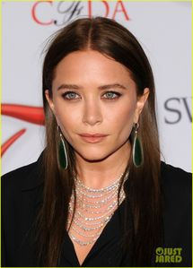 & Ashley Olsen - CFDA Fashion Awards 2012 | mary kate ashley olsen