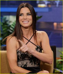Sandra Bullock Talks Naked Scene with Chelsea Handler! | Sandra