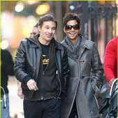 Halle Berry & Olivier Martinez: Smiley Stroll In NYC