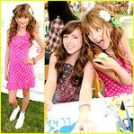 Bella Thorne & Ryan Newman: Pediatric AIDS Awareness! | Bella Thorne