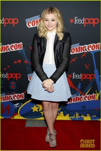 Chloe Moretz: 'Carrie' Comic-Con with Julianne Moore! | Chloe Moretz