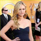 & Julia Stiles - SAG Awards 2011 Red Carpet | 2011 SAG Awards, Julia