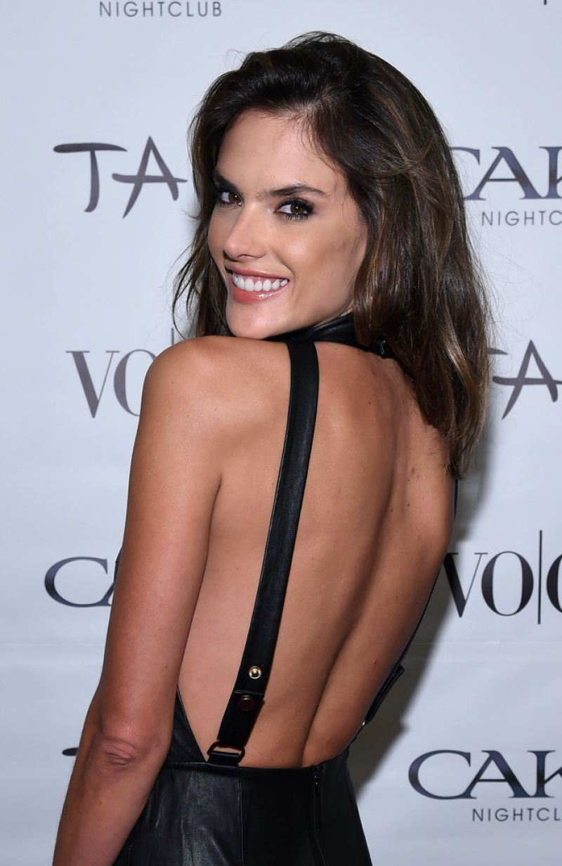 Alessandra Ambrosio U2013 Vo Co Vodka Coconut Water Party In Scottsdale