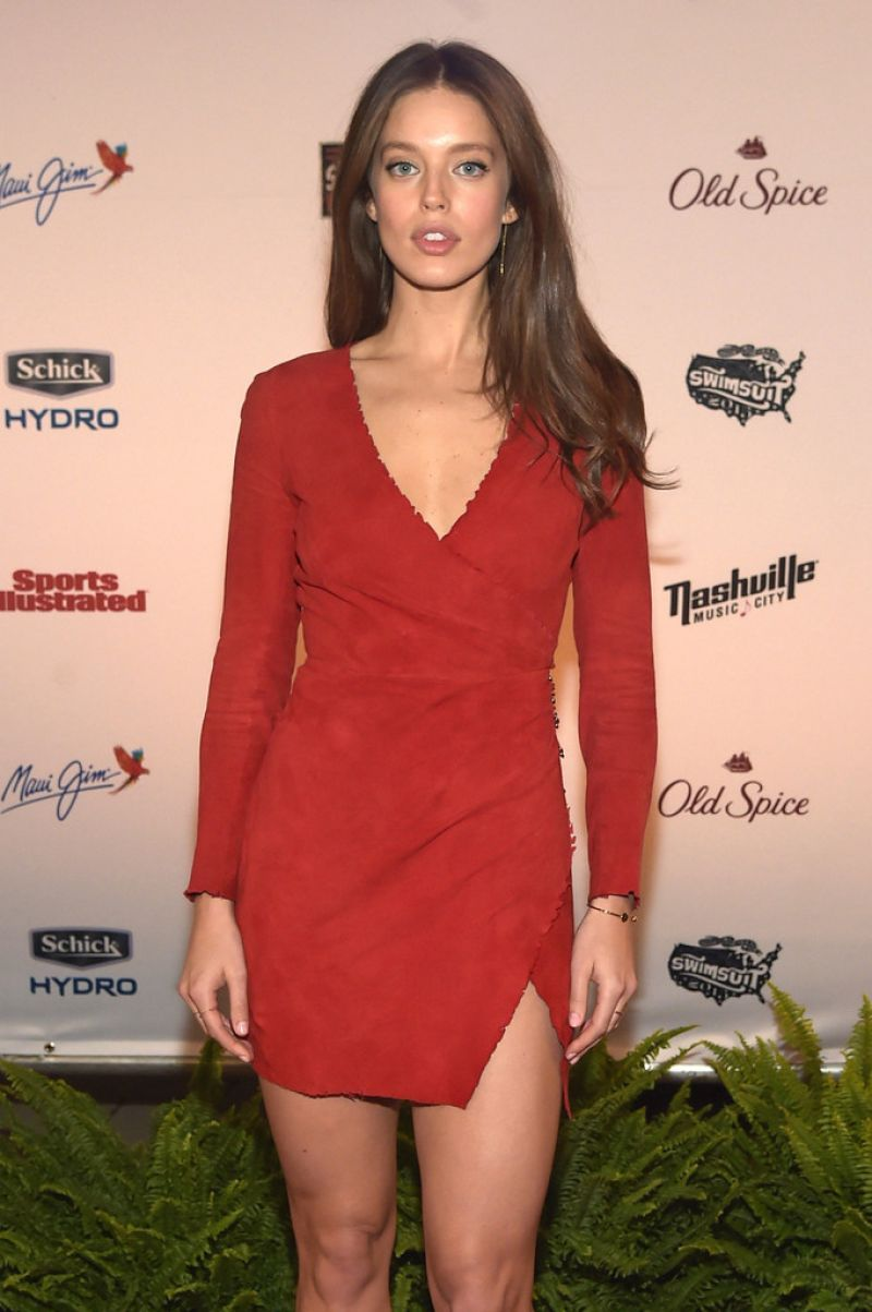 Emily Didonato U2013 Si Swim 2015 Event In Nashville