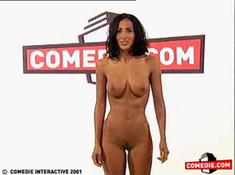Diana de l'ile de la tentation striptease integrale !!!