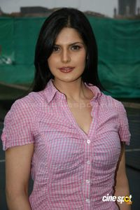 Zarine+Khan+actress+photos+_10_ JPG