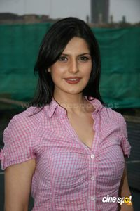 Zarine+Khan+actress+photos+_12_ JPG