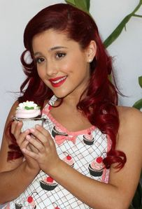 Ariana Grande: 2011 Camp Ronald McDonald Halloween Carnival | Fashion