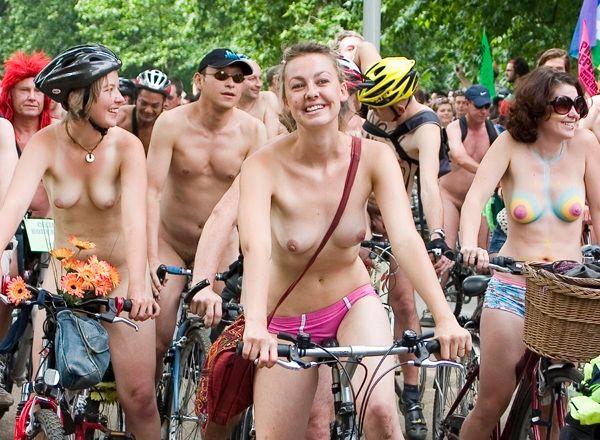 Australia Naked Girls