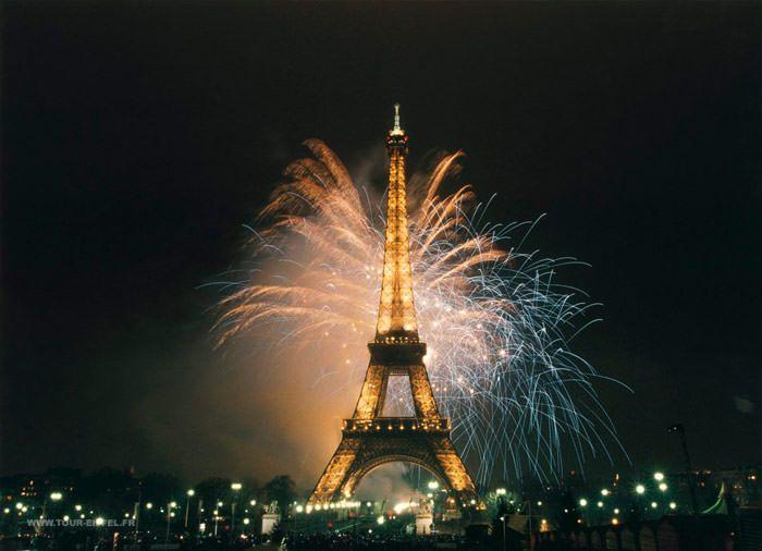 Silvester Trip Paris: 3 Tage im 4* Hotel und Airberlin Flüge ab 208€ p.P.