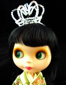 Crystal and faux pearl lolita crown | Flickr - Photo Sharing!