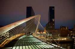zubi zuri y torres isozaki | Flickr  Photo Sharing!