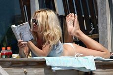 Pamela Anderson, One Woman Brand, Reads Unmarketable by Anne Elizabeth