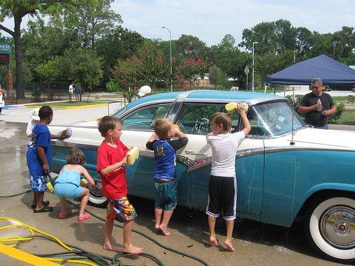 Smash Pictures Big Boob Car Wash 2