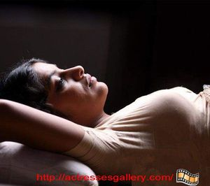 mallu aunty masala actresses only in blouse without bra tamil