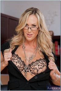 brandi-love-is-a-stunning-hot-sex-ed-teacher-2 | Flickr - Photo