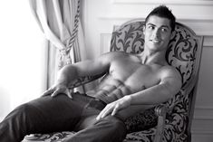 Cristiano Ronaldo naked for Emporio Armani jeans campaign  a photo on