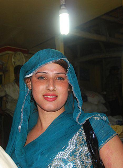 Nude Hijra Image