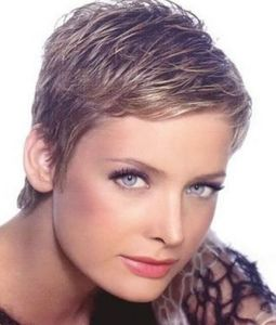 Short grey hair women pictures 1