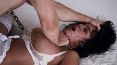 Pornfidelity 15 08 28 Luna Star White Room Xxx