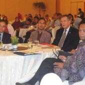 Direktur USAID Glenn Anders (kedua Dari Kanan) Dan Prof. Supriadi