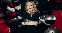 Fashion&Music: Madonna  Give Me All Your Luvin' (Feat  M I A  and