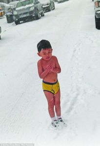 Ho Yide: Father forces son, 4, to strip to his underwear in New York