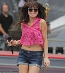 Call Me Maybe singer Carly Rae Jepsen parades her legs and midriff in