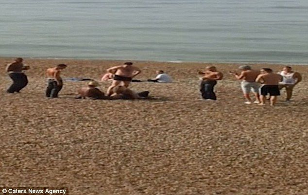 Couple Have Sex On Brighton Beach In Broad Daylight