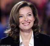 Bikini pictures: The French President's girlfriend Valerie Trierweiler