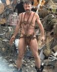 David Arquette shows off his buffed-up body as he poses in