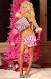 She'll give Santa a heart attack! Courtney Stodden strips naked as she