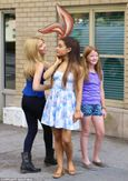 Ariana Grande and Jennette McCurdy lark around on set of TV commercial