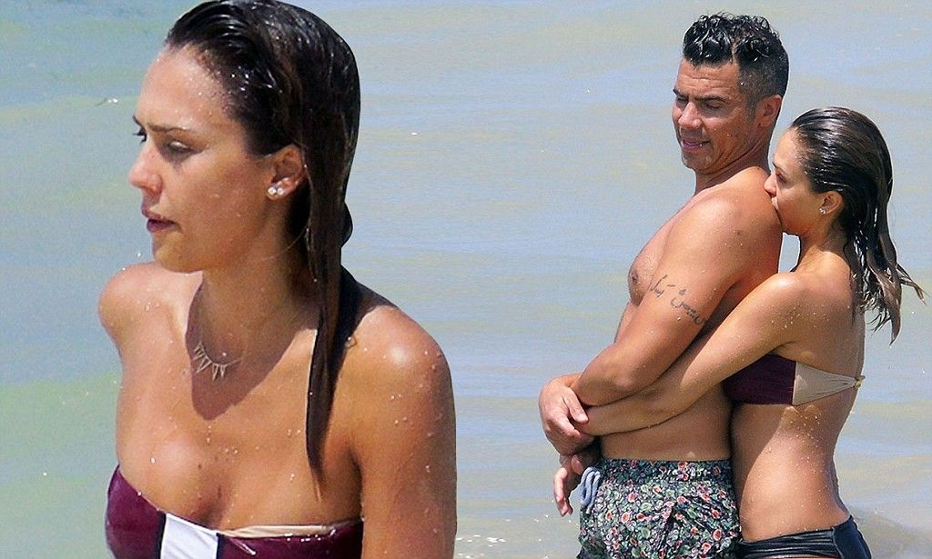 Jessica Alba Shows Stunning Bikini Body On Steamy Beach Vacation With Husband Cash Warren In Mexico Pictures