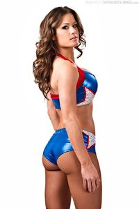 HOTTEST DIVAS: Brooke Tessmacher Shoot