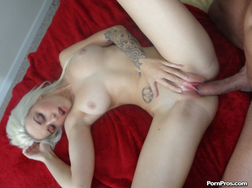 Stevie Shae Blonde Cutie Stevie