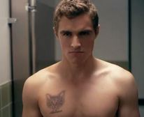 Oh No They Didn't!  Dave Franco strips down and flexes his pecs and I