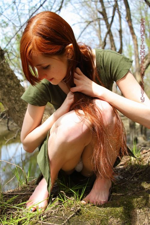 [Redhead Amateurs] Barefoot