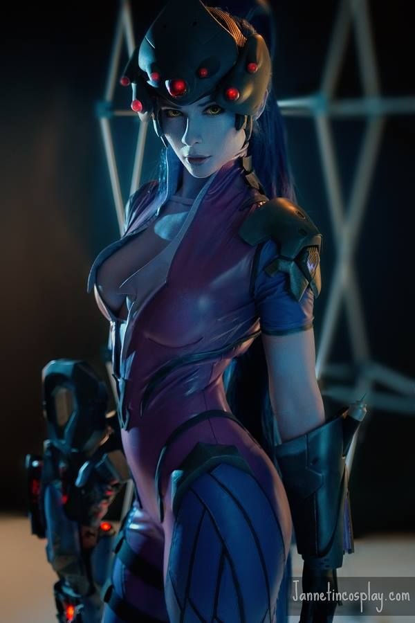 [Sexy Cosplay] Incredible Widowmaker Cosplay.