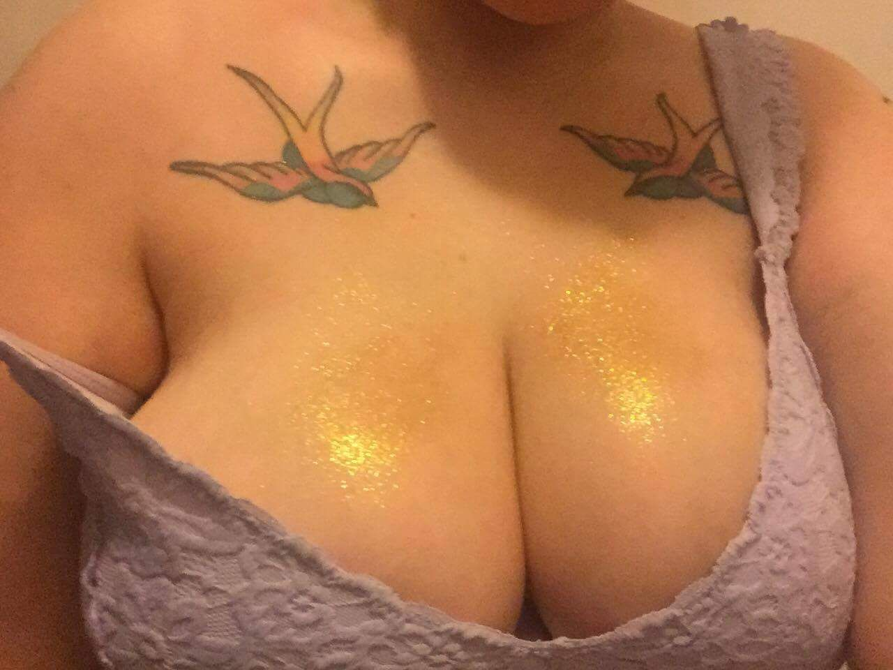 Lush bath bomb all over my bra…