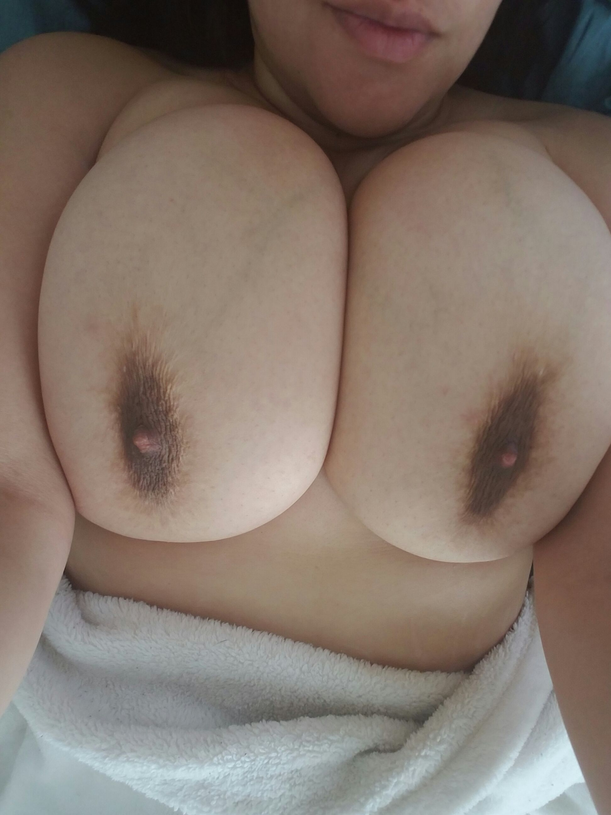 [Busty Amateurs] Nippy Morning ;)