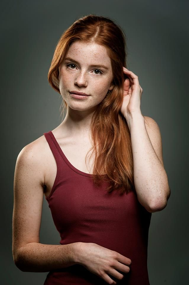[Redhead Amateurs] Ginger in a burgundy sleeveless shirt