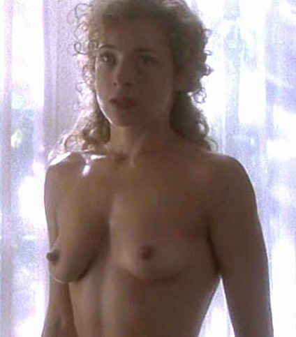 [Celeb Porn] Alex Kingston of Doctor Who and ER fame.
