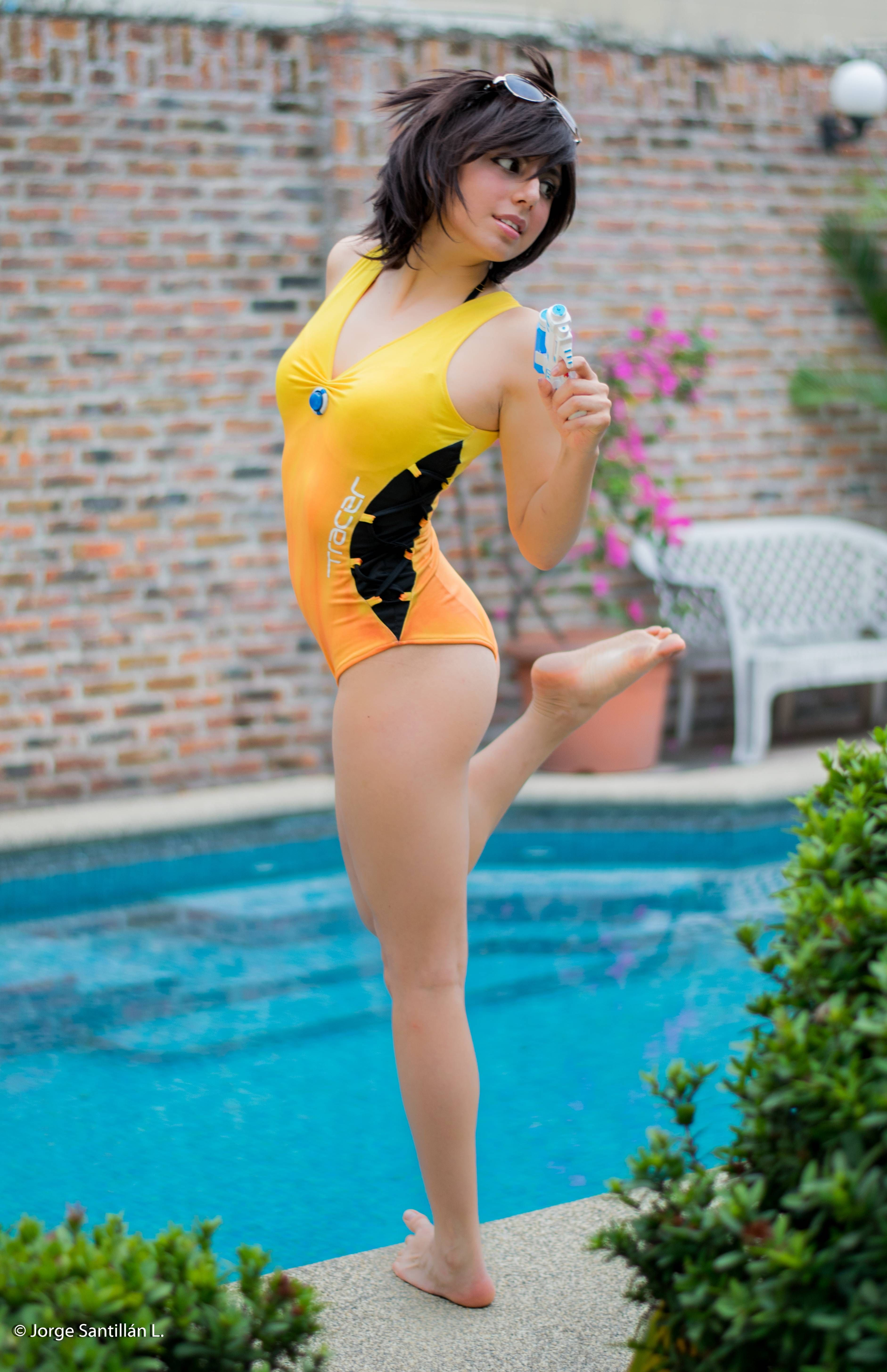 [Sexy Cosplay] [Self] Pool Party Tracer by Hane Cosplay